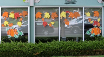 Decoration ideas the child care business owner institute for Autumn window decoration